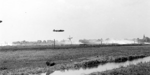 03 Lancaster low over Rotterdam Terbregge drop zone
